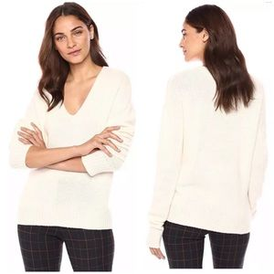 Theory 100% soft cashmere relaxed v neck sweater